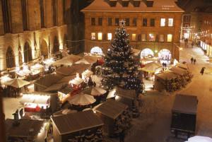 Stimmungsvolle Abendstunden auf dem Weihnachtsmarkt