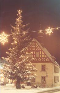 altes-rathaus-zur-weihnachtszeit-foto-reinhard-bruckner-troschenreuth