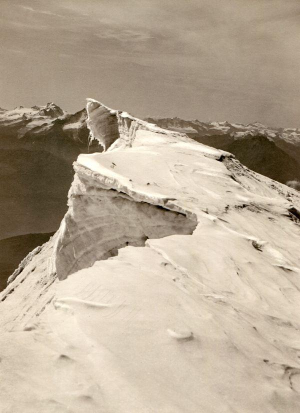 Gipfelwechte mit den Grajischen Alpen. Sommer 1928.