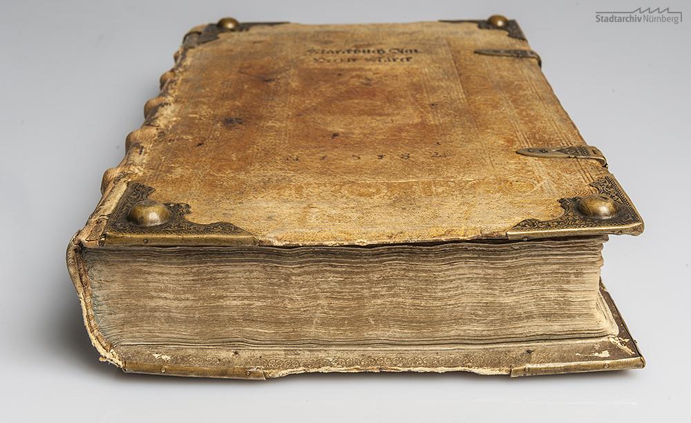 Erstes Marktbuch am Herrenmarkt, angelegt 1582