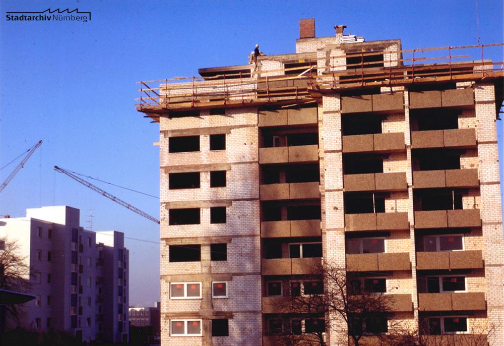 Bau eines Hochhauses am Spitalhof 1972